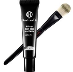 highlighting tools Highlighting Makeup Tricks to Look Younger