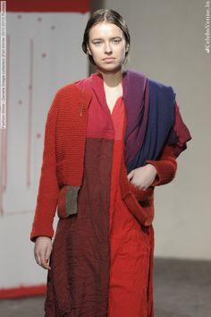 i22941_fashion-show-daniela-gregis-collection-fall-winter-2012-2013-runway-037.jpg (1331×2000)