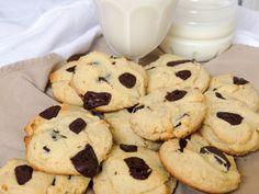 Grain-Free Chocolate Chip Cookies made with @ottosnaturals Cassava Flour | Gluten Free Gigi