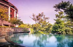 Enjoying the infinity pool at Capella Singapore @capellasin #CapellaSingapore #TrueCapella ------------------------------------------- #NatGeoTravel #lp #expediapic #rtw #tripnatics #lovetheworld #traveller #igtravelers #travelling #beautifuldestinations #traveldeeper #writetotravel #bucketlist #huffpostgram #postcardsfromtheworld #travelphotography #travelblogger #igtravel #travelstoke #wanderlust #instatravel #photography #travelgram #travelingram…