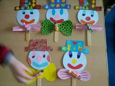 Clown Crafts, Circus Crafts, Carnival Crafts, Circus Activities, Easy Arts And Crafts, Diy And Crafts, Crafts For Kids, Paper Crafts, Kids Art Class