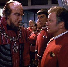 Star Trek Vi The Undiscovered Country Film - Bing Images Star Trek Vi, Film Star Trek, Star Trek Movies, Star Wars, Klingon Empire, Star Trek Klingon, Star Trek Original, Star Trek Convention, Captain Janeway