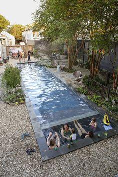 New Orleans backyard: swimming pool