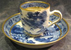 Fine Antique 18thC Chinese Export Porcelain Blue and White Cup & Saucer Qianlong