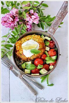 Dulce de Leche: Cuketovo mätové placky s Fetou a rajčinovo avokádovou salsou