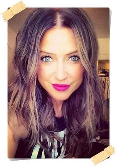 Kaitlyn Bristowe Miss Bachelorette - Super cute makeup and hair the way it's messy and cute........super relaxed look.