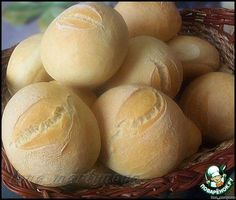 """Булочки """"Столичные"""" по 3 копейки ингредиенты Russian Desserts, Russian Recipes, Focaccia Bread Recipe, Bread Recipes, Fun Cooking, Cooking Recipes, World's Best Food, Italy Food, Bread And Pastries"""