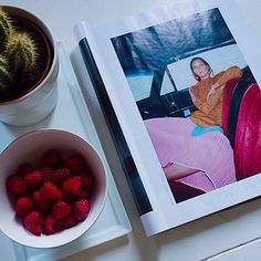 Breakfast with Celine and raspberries Blogger Lifestyle, Cleanse Diet, Breakfast Healthy, Raspberries, Celine, Detox, Healthy Living, Beauty, Eat Clean Breakfast