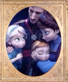 Has anyone else noticed that their mother's hairstyle is the same one that Elsa wears on coronation day?