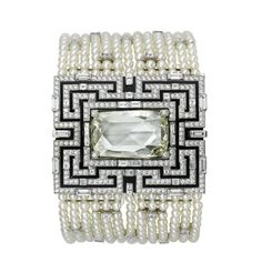 Watch by Cartier. Secret watch watches in rhodium-plated 18.0ct white gold, 9.94 rose-cut diamond.