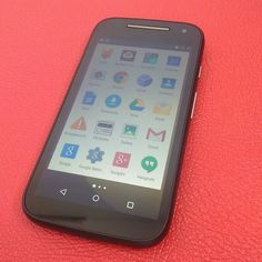 Motorola moto E.  Desbloqueados para todas las compañías.  Claro Orange Tricom.  Precio $3000.  Teléfono : 809-626-0890 Whatsapp : 809-322-8783