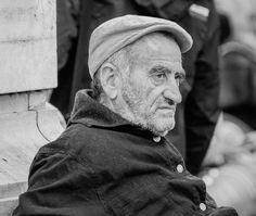 Melancholy #photo #photography #man #people #hat #portrait #ritratto #blackandwhite #noiretblanc #biancoenero #blancoynegro #milano #milan #people #photoblog