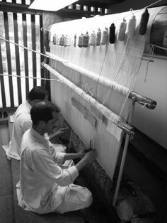 2008 - Varanasi weavers Varanasi, Fair Grounds, Design Ideas, India, Fabric, Fun, Travel, Tejido, Goa India