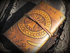Viking Yggdrasil Tree of Life Design Leather от BeastmanCaravan