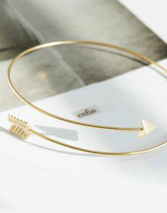 Arrow wrap bangle bracelet by Stackedwithjewels on Etsy Stretch Bracelets, Bracelets For Men, Fashion Bracelets, Bangle Bracelets, Bangles, Jewelry Accessories, Jewelry Design, Arrow Bracelet, Gold Fashion