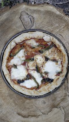 How to make Campfire Pizza.