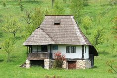 Traditional rural Romanian house in Oltenia, Romania Romanian People, Visit Romania, Romania Travel, Rural House, Little Houses, Traditional House, Design Case, Old Houses, Tiny House