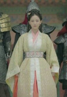 Korean Traditional, Traditional Fashion, Traditional Outfits, Scarlet Heart, Korean Dress, Moon Lovers, Boys Over Flowers, Goblin, Dramas