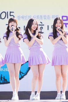 dedicated to female kpop idols. Korean Beauty Girls, Korean Girl Fashion, Asian Beauty, Stage Outfits, Kpop Outfits, Girl Outfits, Cute Little Girl Dresses, Girls In Mini Skirts, Cute Asian Girls