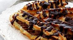Hot Dogs, Waffles, Caramel, Cooking Recipes, Breakfast, Ethnic Recipes, Desserts, Food, Sticky Toffee