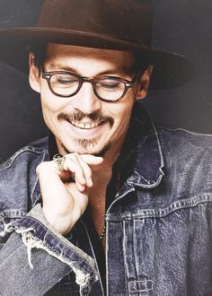 Johnny Depp. / johnny Depp on imgfave