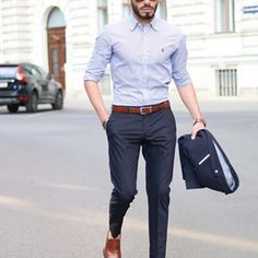 mens_fashion - 35 Awesome Casual Office Outfits Ideas for Men 2019 Fashioneal com Formal Dresses For Men, Formal Men Outfit, Formal Suits For Men, Formal Wear For Men, Formal Outfits, Stylish Outfits, Business Casual Men, Men Casual, Casual Office Wear Mens