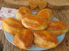 Our Most Special Pastry Recipe (Clearly Number Sultan Poğaçası Healthy Eating Tips, Healthy Snacks, Turkey Roll Ups, Beef Recipes, Snack Recipes, Turkish Breakfast, Best Protein, Vegetable Drinks, Turkish Recipes