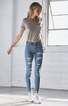 Latest Summer Fashion Trends & Clothing for Teens https://femaline.com/2017/05/15/teen-fashion-2017-latest-summer-fashion-trends-clothing-for-teens/