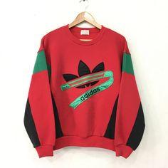 Vintage ADIDAS groot Logo SpellOut trui Pullover trui Hoodies meerkle - Addidas Shirt - Ideas of Addidas Shirt - Zeldzame! Urban Outfits, Retro Outfits, Stylish Outfits, Cool Outfits, Vintage Outfits, Fashion Outfits, Addidas Shirts, Adidas Outfit, Vintage Adidas