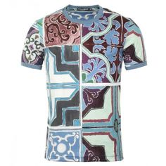 Dolce & Gabbana Multicoloured Cotton Printed T-Shirt (€315) ❤ liked on Polyvore featuring men's fashion, men's clothing, men's shirts and men's t-shirts