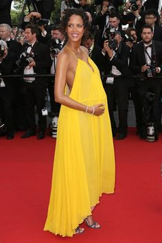 The Cannes Film Festival 2015 newly kicked off but less than 24 hours ago and we are enjoying the fashions Cannes Film Festival 2015, Cannes 2015, Vogue Fashion, Fashion Show, Fashion Outfits, Vanity Fair, Jimmy Choo, Valentino Couture, Glamour