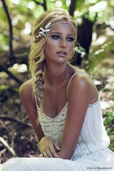 Bridal headpiece made of crystals and fresh water pearls finished into a bridal halo.This headpiece works with loose hair or a side braid for the boho bride Braided Hairstyles For Wedding, Boho Hairstyles, Pretty Hairstyles, Romantic Hairstyles, Wedding Hairdos, Hairstyle Wedding, 2015 Hairstyles, Spring Hairstyles, Wedding Hair And Makeup