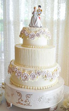 Inspiration Gallery - Wedding Cakes | Disney's Fairy Tale Weddings & Honeymoons
