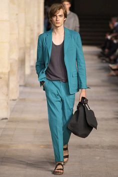 Hermès #Spring 2014 Menswear Collection. calm watered blue with earth tones - more grounded in the new season... #http://www.karin-linxweiler.ch/blog_seasonscoutlook2014.html