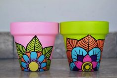 Idea Of Making Plant Pots At Home // Flower Pots From Cement Marbles // Home Decoration Ideas – Top Soop Flower Pot Art, Flower Pot Design, Flower Pot Crafts, Clay Pot Crafts, Painted Plant Pots, Painted Flower Pots, Decorated Flower Pots, Bottle Painting, Pottery Painting