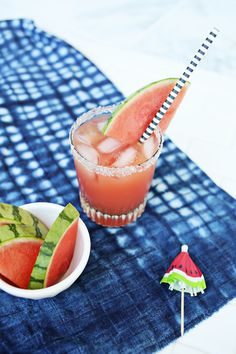 Try this spin on a classic margarita made with fresh watermelon juice! Coconut Margarita, Watermelon Margarita, Margarita Mix, Margarita Recipes, Cocktails, Cocktail Recipes, Drink Recipes, Fancy Drinks, Summer Drinks