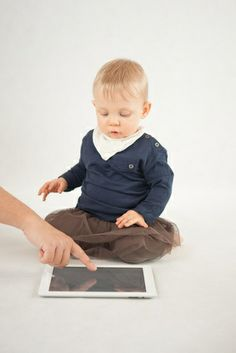 More parents are introducing technology to their children at a younger age. Learn about the benefits. #technology #kids