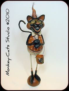 By Laurie Hardin of Monkey-Cats Studio