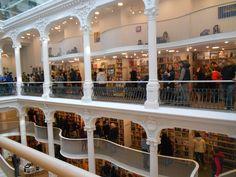 Carturesti bookstore
