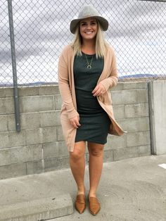 The perfect dress 3 different ways! Curvy Girl Outfits, Curvy Girl Fashion, Mom Outfits, Work Fashion, Plus Size Outfits, Plus Size Fashion, Fashion Outfits, Womens Fashion, Petite Fashion