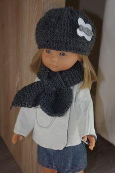 Bonnet et écharpe pour la poupée Marie Sewing Patterns Girls, Doll Patterns, Girl Doll Clothes, Sewing Clothes, Girl Dolls, Diy Bags No Sew, Blouse Tutorial, How To Make Clothes, Marie Claire