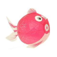 Roze vis - Japanse ballon van milieuvriendelijk papier. ∅ 18 cm. Gemakkelijk op te blazen, kan ook weer platgemaakt en opnieuw opgeblazen worden.