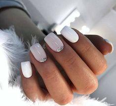 Discover new and inspirational nail art for your short nail designs. Shellac Nails, Nail Manicure, Nail Polish, Pretty Nails, Fun Nails, No Chip Nails, Short Gel Nails, City Nails, Nagellack Trends