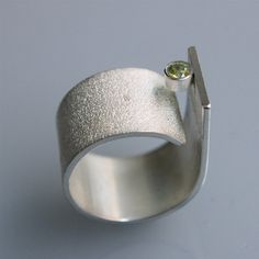 "Contemporary minimalist ring "" Q with periodot"" in sterling silver"