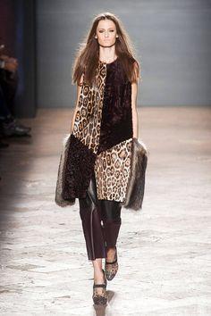 Simonetta Ravizza Fall 2014 Ready-to-Wear Collection
