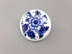 25% OFF SALE,A Delfts Holland Vintage Porcelain Brooch white with blue flowers pin signed.