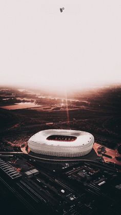 Fc Bayern Munich, Bayern Munich Wallpapers, Airplane Wallpaper, Iphone Wallpaper Images, Soccer Photography, Robert Lewandowski, Football Stadiums, Airplane View, Germany