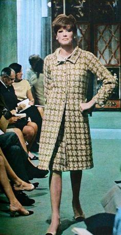 Chanel | 1965 1960s Fashion, Timeless Fashion, Vintage Fashion, Vintage Couture, Vintage Chanel, Chanel Style Jacket, Coco Chanel Fashion, Chanel Outfit, Chanel Couture