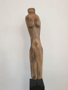 """""""Linda"""": Holz Skulptur aus Linde oder ähnlich. Weiblicher Torso, geölt. Weitere Skulpturen aus Holz und Stein des Bildhauers aus Köln, z.T. vergoldet mit 24 Karat Blattgold sind auf meiner website zu sehen."""
