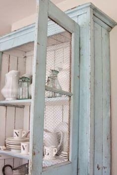 8 Chic Farmhouse Décor Ideas To Copy. Chicken Wire CabinetsDécor ...